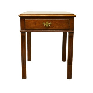 20th Century Traditional Hickory Chair Co. End Table For Sale