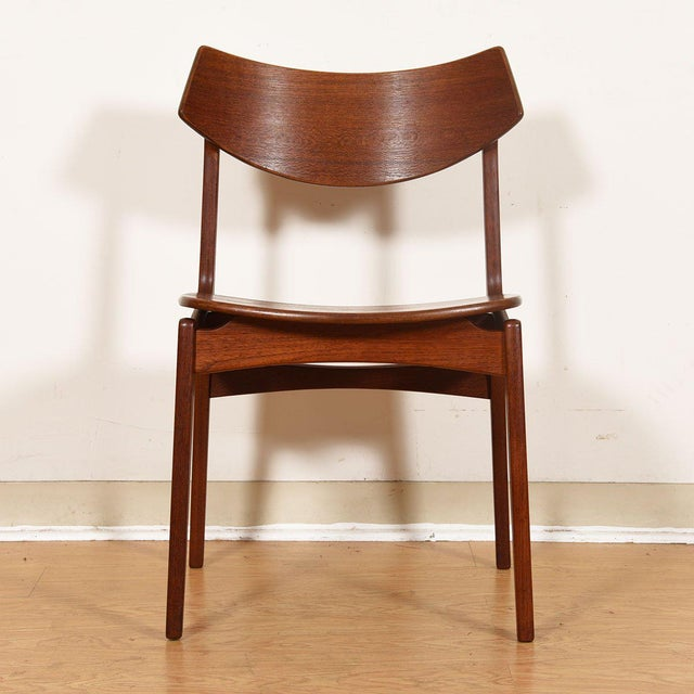 Danish Teak Curved Back Dining Chairs - Set of 4 For Sale In Washington DC - Image 6 of 13