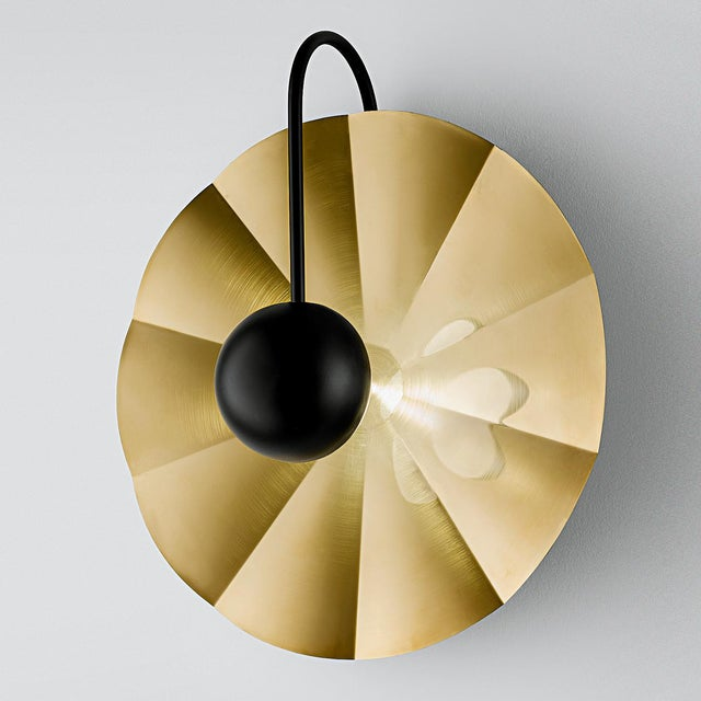 """Metal Large Reflector Wall Light in Brushed Brass With Satin Black (19.7"""") For Sale - Image 7 of 8"""