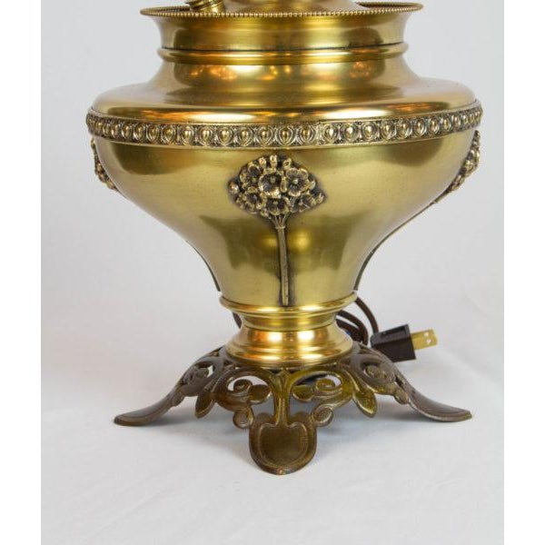 Traditional Bradley and Hubbard Brass and Cast Iron Table Lamp For Sale - Image 3 of 6