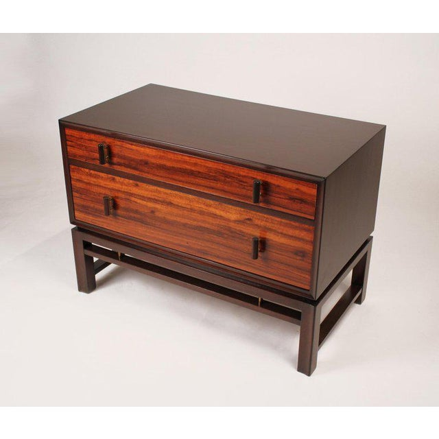 Dunbar Furniture Edward Wormley for Dunbar Brazilian Rosewood, Ebony and Mahogany Nightstands - a Pair For Sale - Image 4 of 10