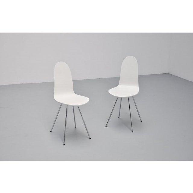 Pair of Arne Jacobsen Tongue chairs Fritz Hansen 1970s - Image 2 of 7