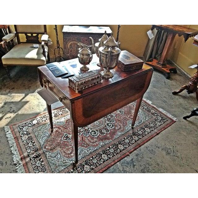 18c Sheraton Period George III Pembroke Table For Sale In Dallas - Image 6 of 7