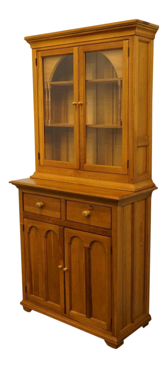 20th Century French Country Lexington Furniture Palmer Home Collection  Breakfast Hutch/China Cabinet