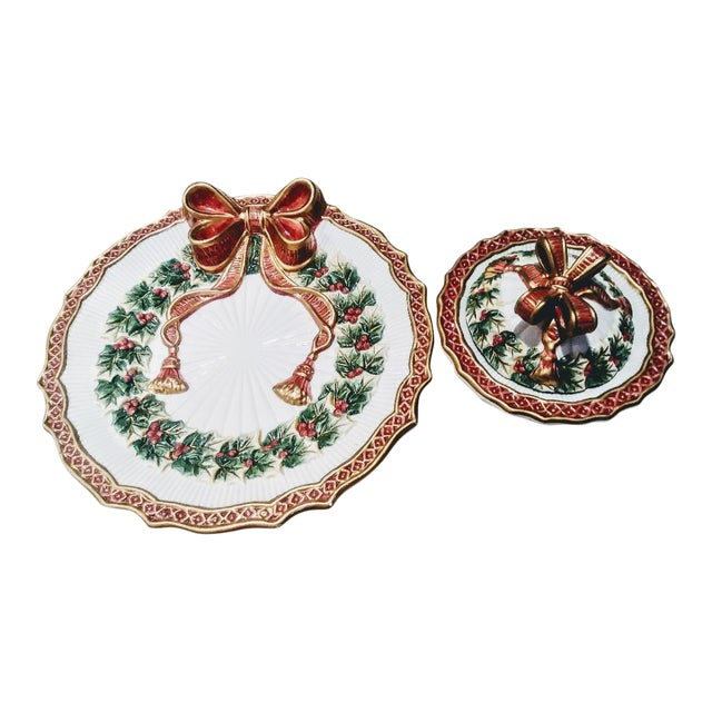 Vintage Fitz and Floyd Christmas Holly Wreath Bow 2 Piece Serving Dish and Sugar Holder For Sale