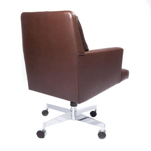 Fantastic 1960S Vintage Dunbar Leather Executive Swivel Chair Gamerscity Chair Design For Home Gamerscityorg