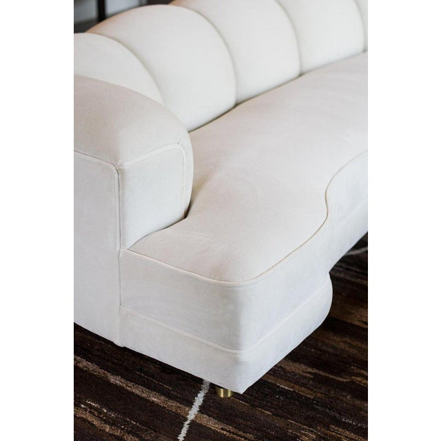 1950s Fully Restored Channelled Sofa by Edward Wormley in Pale Gray or White For Sale In Austin - Image 6 of 11
