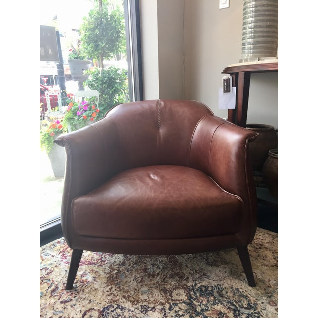 Mid-Century Modern Classic Brown Leather Club Chair from Kenneth Ludwig Home For Sale - Image 3 of 9