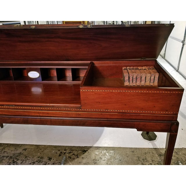 Black 18c British Mahogany and Satinwood Bureau For Sale - Image 8 of 13