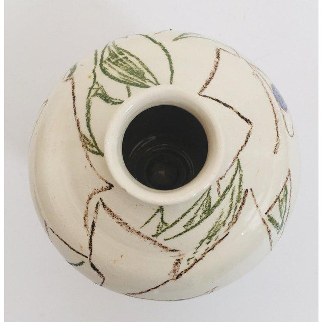1960s Postmodern Vase With Abstract Head Portraits Figures in Jean Cocteau Style For Sale - Image 5 of 11