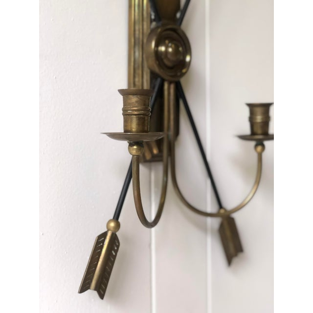Metal Neoclassical Arrow Wall Sconce of Brass For Sale - Image 7 of 11