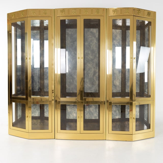 Mastercraft Mid Century Brass Display Cabinet - Set of 3 For Sale - Image 13 of 13