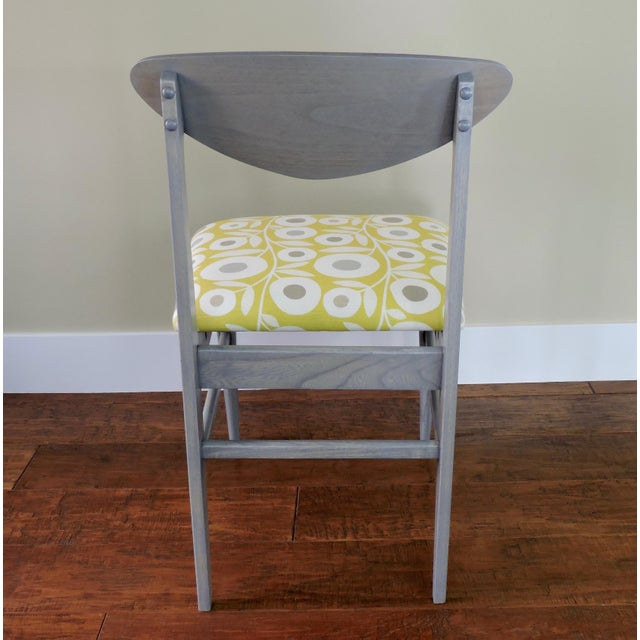 Mid-Century Modern Bassett Mid-Century Modern Retro Pattern Fabric Upholstered Dining Chairs - a Pair For Sale - Image 3 of 8