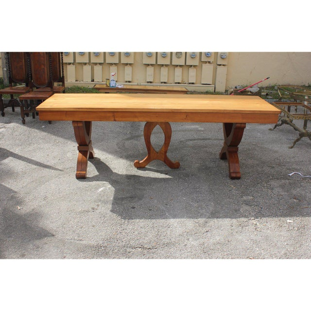 1940s 1940s French Country Solid Sycamore Tulip Base Dining Table For Sale - Image 5 of 13