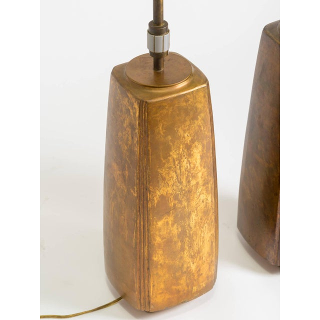 1960s Pair of Bronze Tapered Column Table Lamps by Hansen For Sale - Image 5 of 9