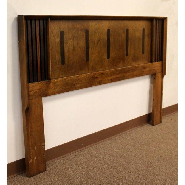 Mid Century Modern Lane Rosewood Bedroom Set Dresser Headboard Cabinet - Set of 6 For Sale - Image 12 of 13