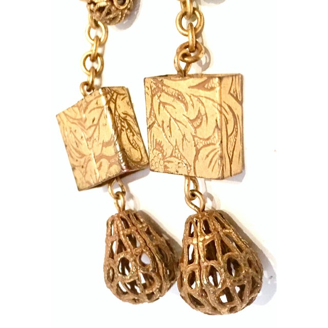 20th Century Art Nouveau Gold Book Chain Choker Style Necklace & Earrings - Set of 3 For Sale - Image 11 of 13