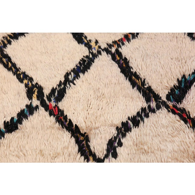 Vintage Beni Ourain Moroccan Ivory Rug - 4′8″ × 7′8″ For Sale - Image 4 of 9