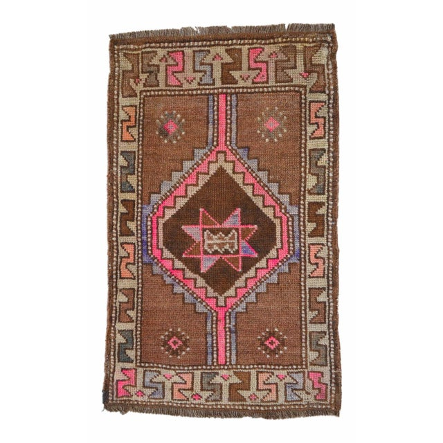 "Dimensions: 18.9"" x 31.5"" Excluding Fringes Material : Wool on wool. Background color (ironstone) is not dye. Sheep wool..."