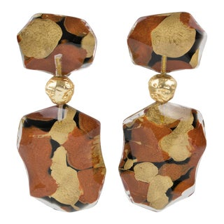 Harriet Bauknight for Kaso Dangle Lucite Clip Earrings Bronze & Copper Inclusion For Sale