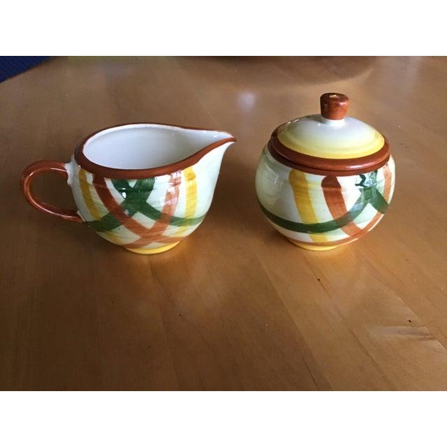 "Ceramic 1950s Vernon Kilns Vernonware ""Homespun"" Sugar Bowl and Creamer - a Pair For Sale - Image 7 of 7"