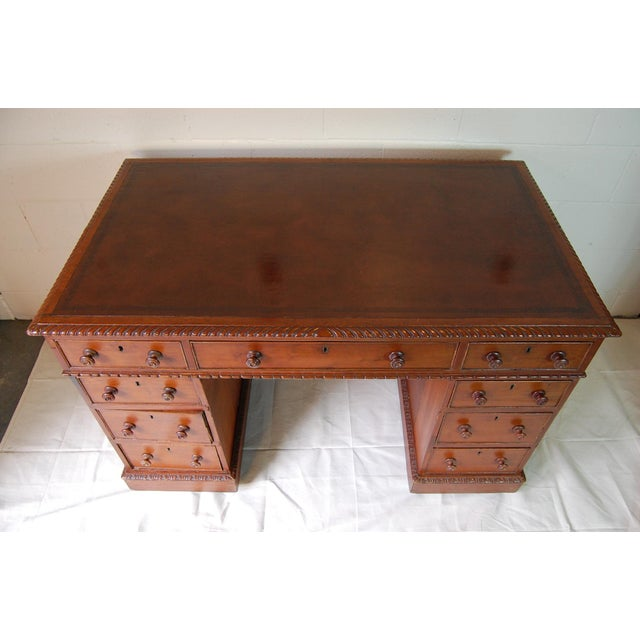 1900s Georgian Style Mahogany Partners Desk With Leather Top For Sale In Pittsburgh - Image 6 of 8