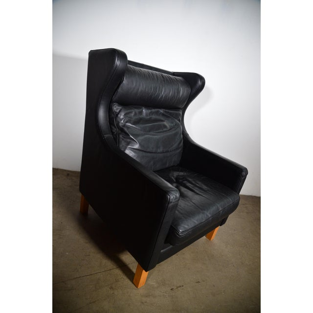 Wood 1960s Vintage Danish Borge Mogensen Style Black Leather Chair and Ottoman For Sale - Image 7 of 8
