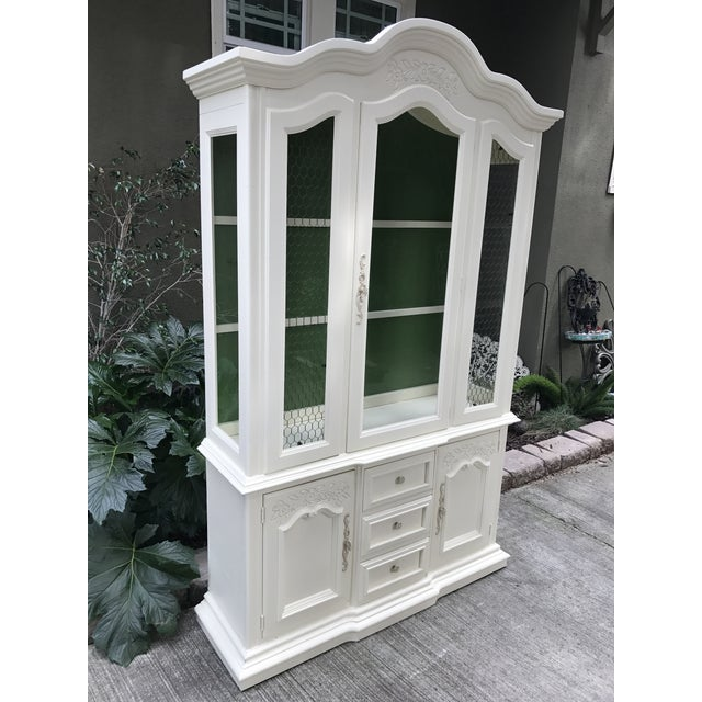 Vintage Stanley French Style China Cabinet - Image 3 of 7