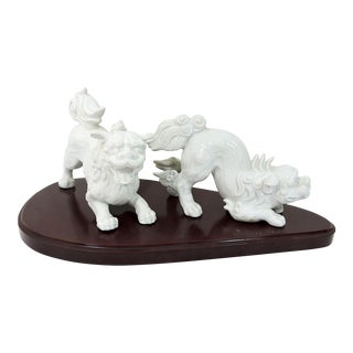 Vintage Fitz and Floyd Blanc De Chine White Porcelain Foo Lions With Stand - a Pair For Sale