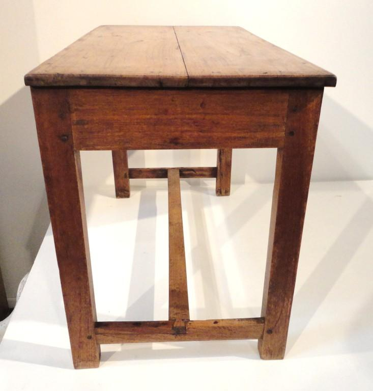 Early Primitive 18th Century Handmade Walnut Side Table   Image 7 Of 7