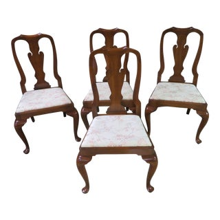 1960s Vintage Henkel-Harris Solid Cherry Queen Anne Dining Chairs- Set of 4 For Sale