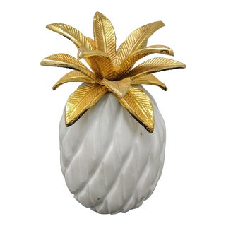 Gold and White Marble Pineapple