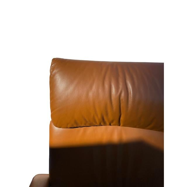Mario Bellini Executive Swivel Chair in Leather For Sale In Los Angeles - Image 6 of 13