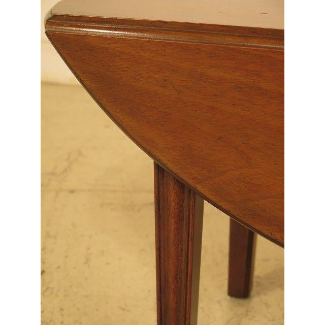 Kittinger 1960s Traditional Kittinger Drop Leaf Mahogany Coffee Table For Sale - Image 4 of 12