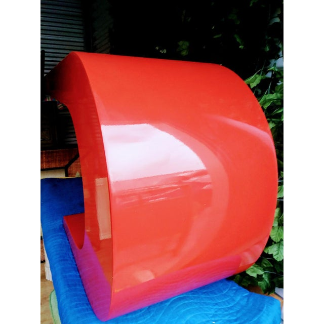Mid-Century Modern Vintage Karl Springer Cantilevered Red Lacquered Modern Wave Check Console Table For Sale - Image 3 of 9