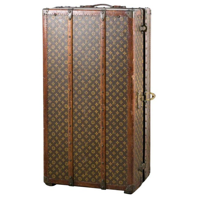 Louis Vuitton Trunk Steamer Wardrobe Trunk Interior Fitted John Wanamaker Label For Sale - Image 13 of 13