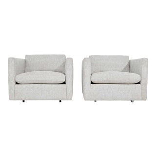 Pair of Charles Pfister for Knoll Lounge Chairs in Taupe/White Upholstery For Sale