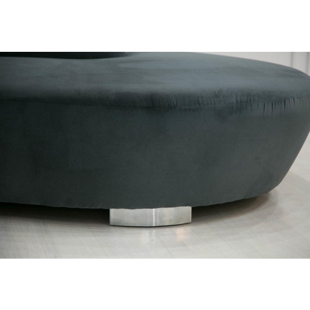 Mid-Century Modern Vladimir Kagan Style Curved Cloud Sofa by Weiman Furniture For Sale - Image 3 of 7