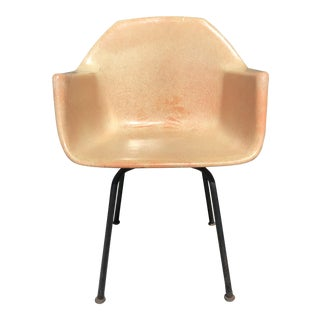 1960s Vintage Molded Fiberglass Eames Herman Miller Style Armchair For Sale