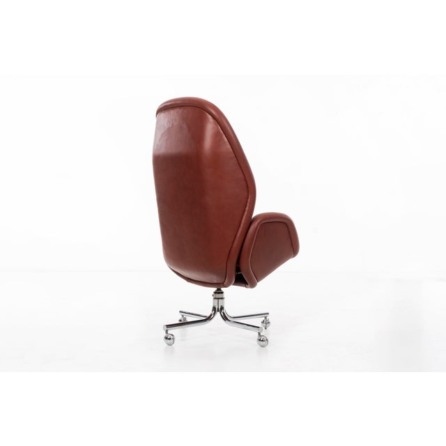 DoMore Executive Desk Chair For Sale - Image 4 of 12