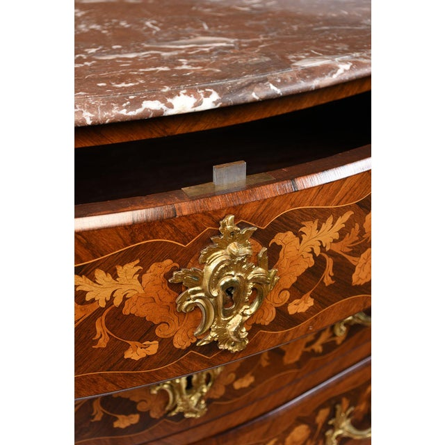 Late 19th Century Louis XV-style Marquetry Chest of Drawers - Image 6 of 10