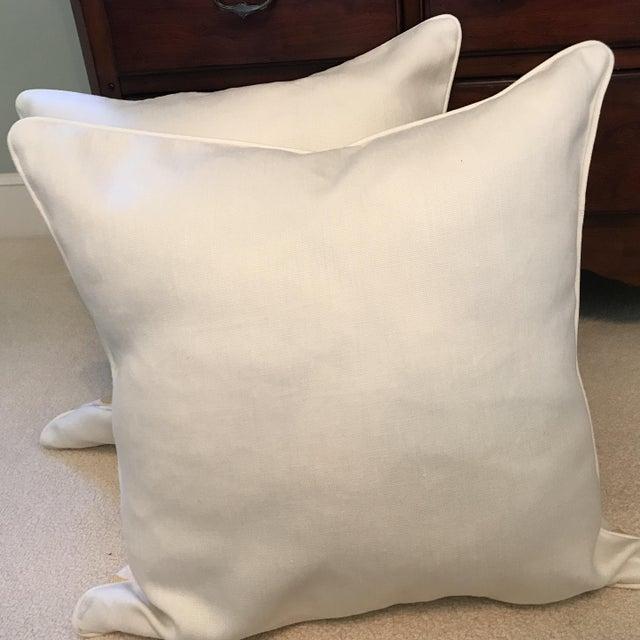 Schumacher Chenonceau Linen Pillows - A Pair For Sale - Image 4 of 7