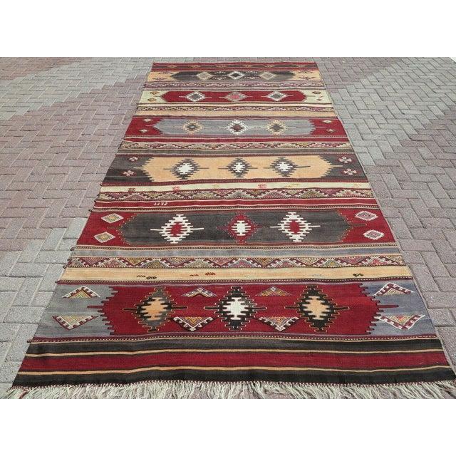 1960s Vintage Turkish Kilim Rug For Sale - Image 12 of 12