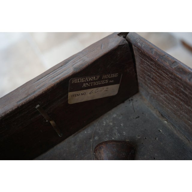 18th Century English Oak Drop Leaf Gateleg Table For Sale - Image 11 of 13