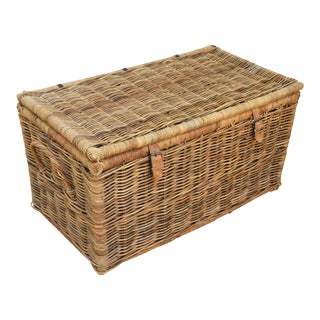 Woven Wicker & Willow Travel Storage Trunk Basket Coffee Table For Sale