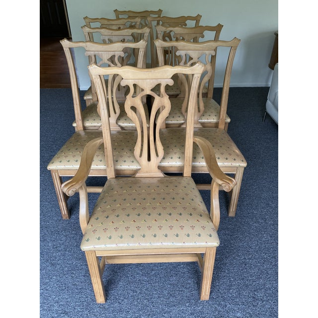 1980s 1980s Vintage Traditional Oak Dining Chairs- Set of 8 For Sale - Image 5 of 12