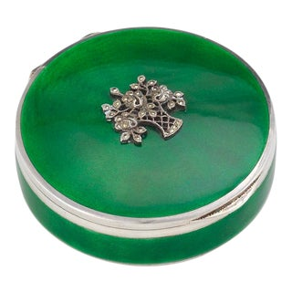 Early 20th Century Continental Silver Gilt and Green Guilloche Enamel Box For Sale