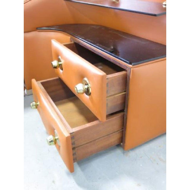 Leather King-Sized Bedframe in the Style of Guido Faleschini For Sale - Image 5 of 9