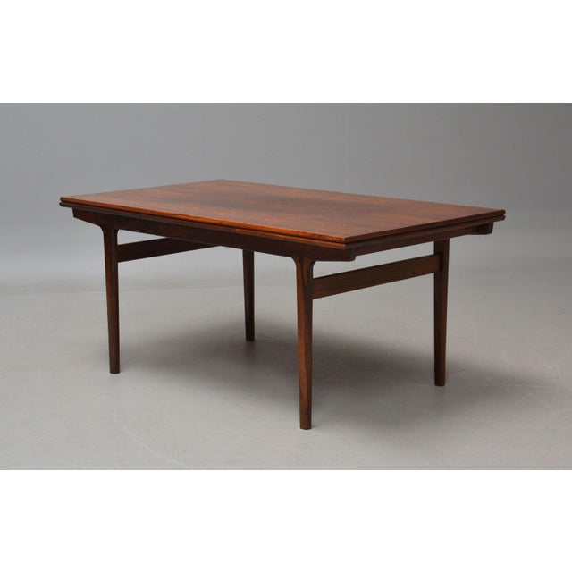 Danish Modern Rosewood Extension Dining Table For Sale - Image 11 of 11