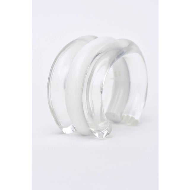 Modern Judith Hendler Lucite Clear and White Cuff Bracelet For Sale - Image 3 of 9